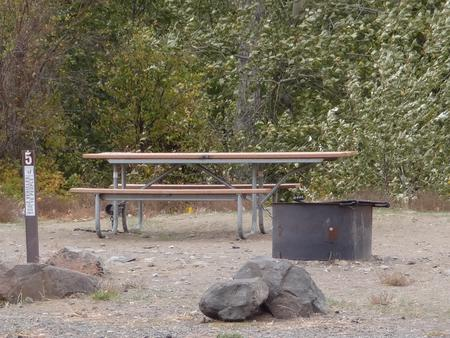 Parking spot, picnic table and fire ring at Roza Campsite #5