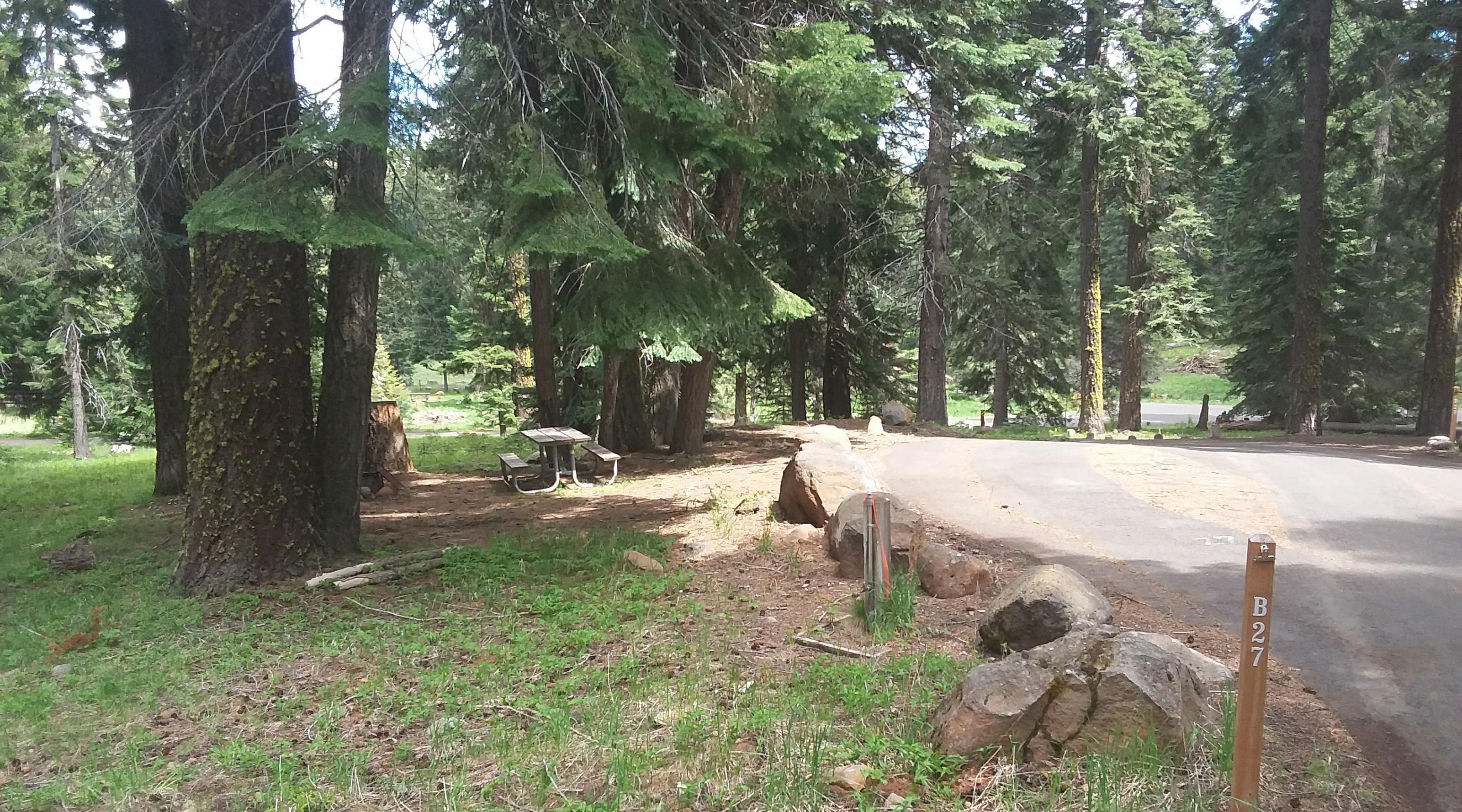 Campsite B27- Hyatt LakeCampsite 27, B Loop Hyatt Lake