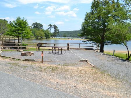 Jefferson Ridge Site 4Campsite 4