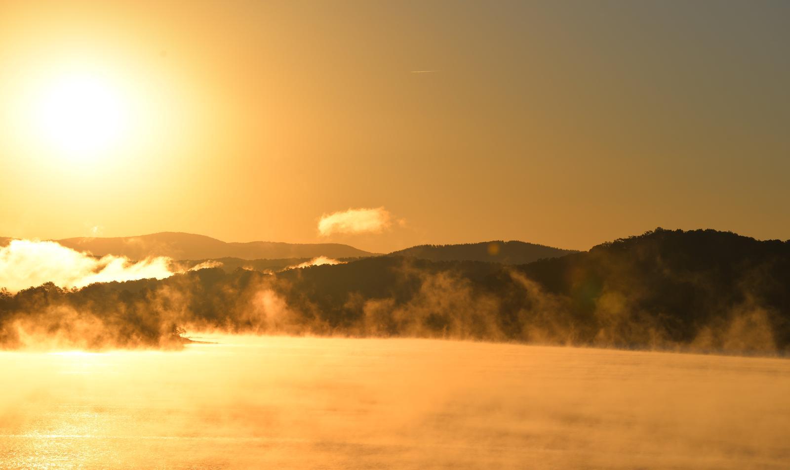 SunriseSunrise over Carters Lake