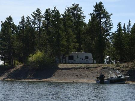 Lonesomehurst Campground, Hebgen Lake, boat & RVLonesomehurst Campground