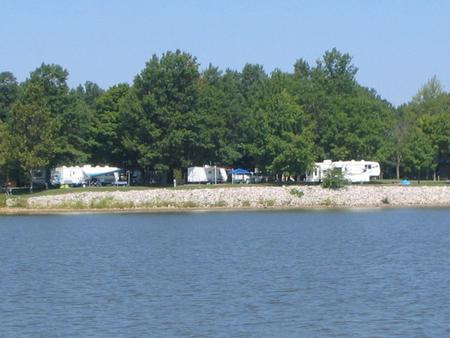 Dam West Campground from the waterView from the water of Dam West Campground.