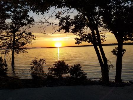Fort Gibson LakeSunset at Jackson Bay