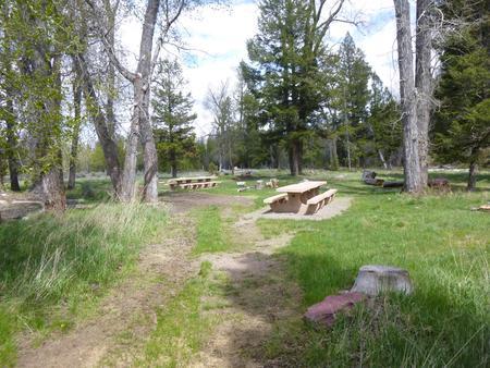 Aspen Grove Group Use Area