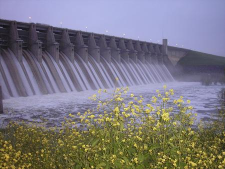Whitney Lake DamWhitney Lake Dam releasing