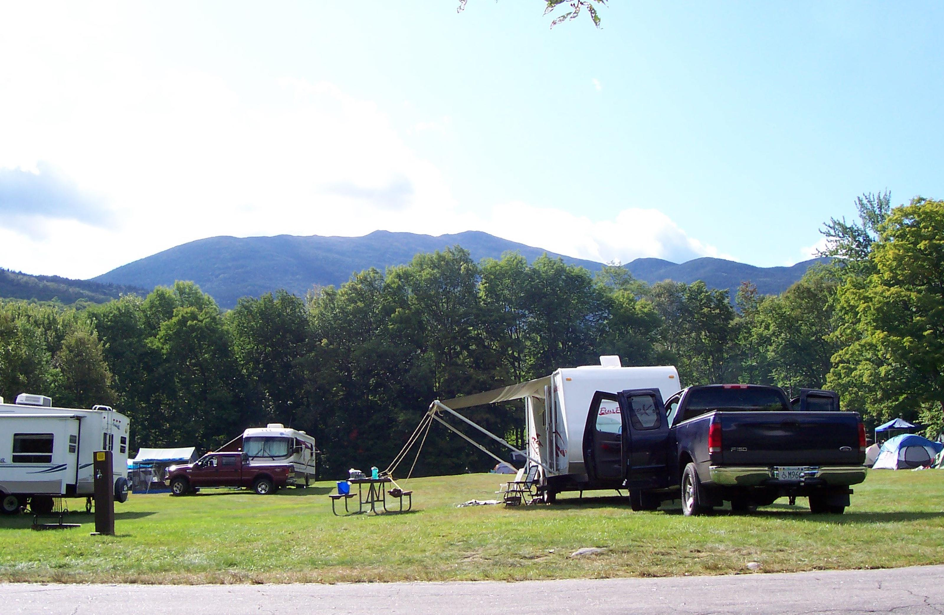 Hayes FieldLooking at Mount Madison from Hayes Field