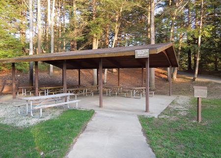Buffumville Lake ParkShelter site 001