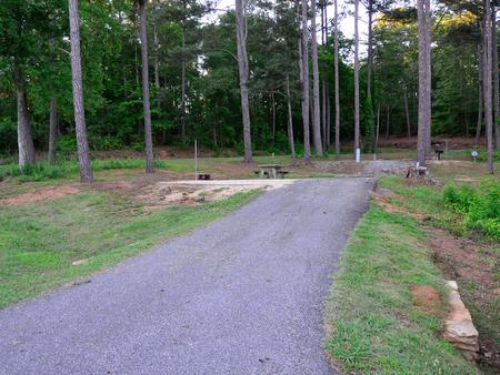 Driveway slope, awning-side clearance.Sweetwater Campground, Campsite 32.
