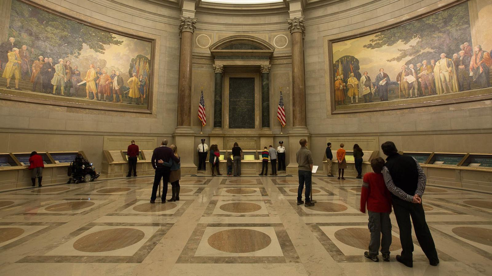 Rotunda for the Charters of Freedom: Declaration of Independence, U.S. Constitution, and Bill of Rights