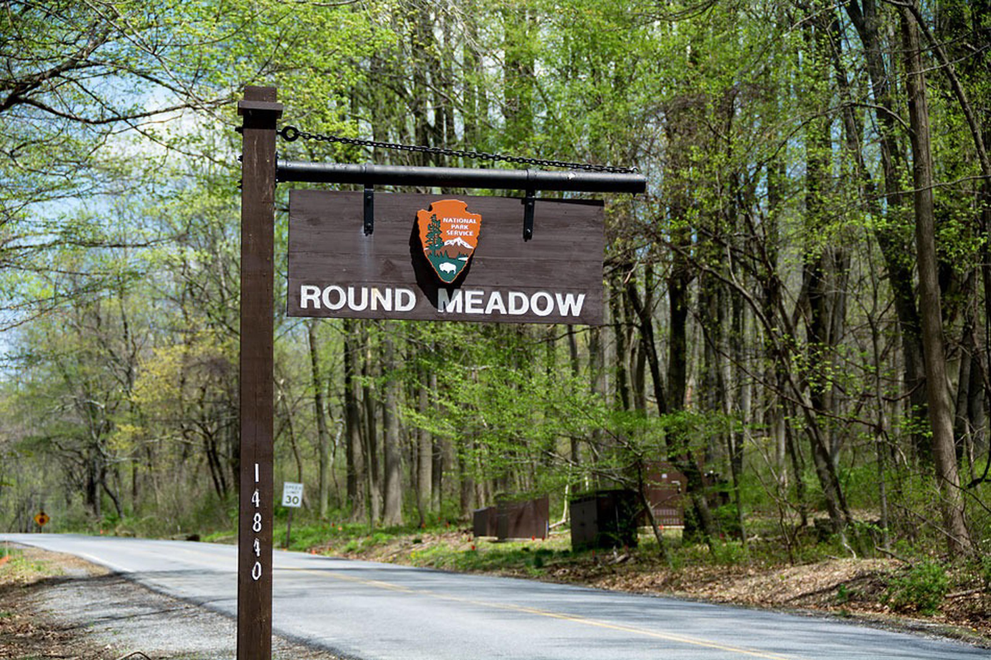 Camp Round Meadow Road SignCamp Round Meadow Road Sign on Manahan Road