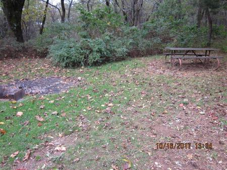 Loft Mountain Campground -Site G206Picnic table and fire pit on campsite