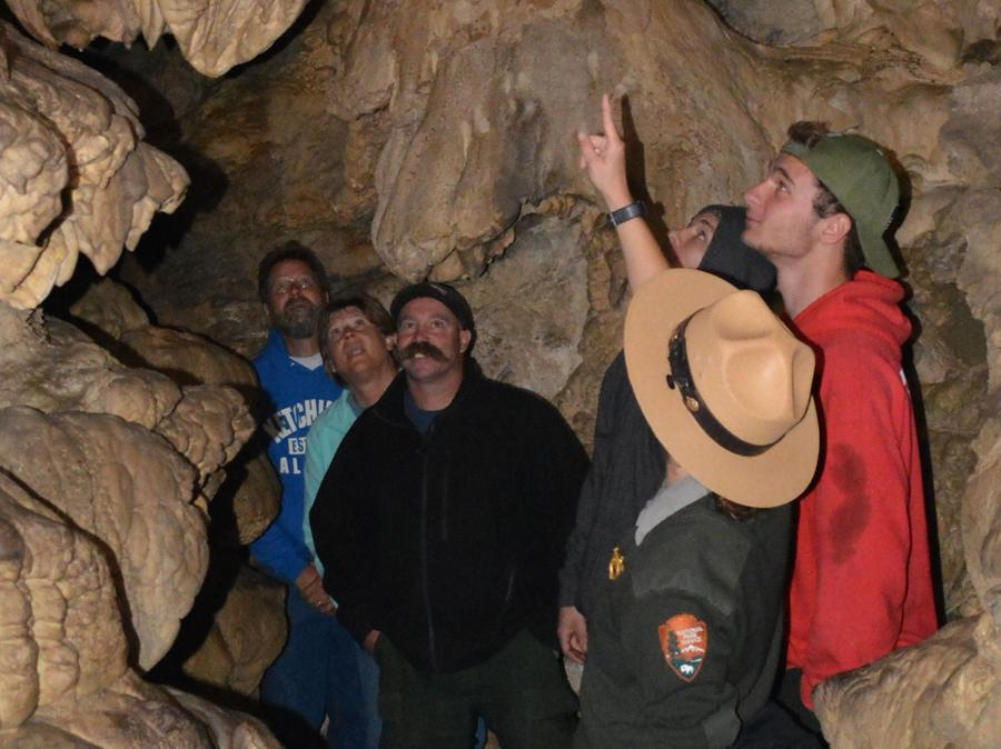 Oregon Caves Discovery TourRanger leading visitors on a discovery of the Oregon Caves