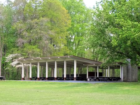 Large Pavilion, Frontside