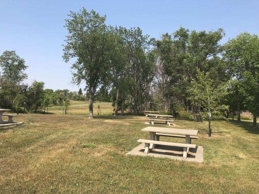 Picnic Area at East Totten Trail Campground on Lake Audubon