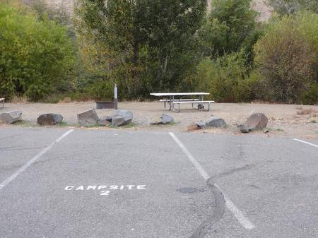 Parking spot, picnic table and fire ring at Roza Campsite 2Roza campsite 2