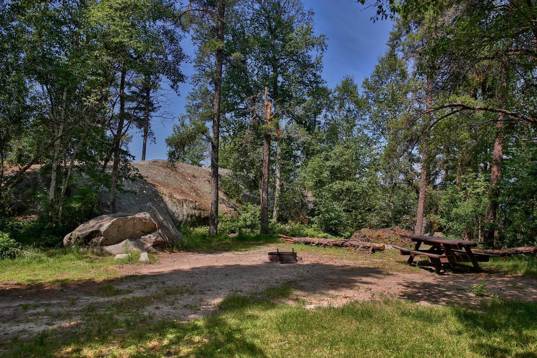 Lake Jeanette campsite #06