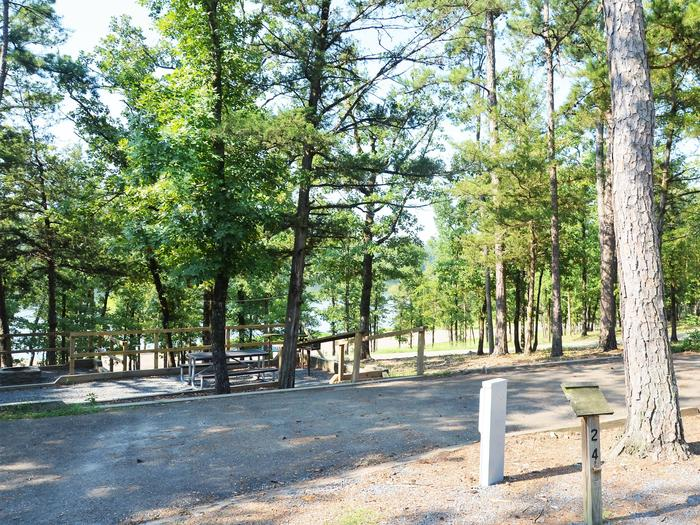 De Queen Lake Bellah Mine Park Campsite # 24Campsite #24