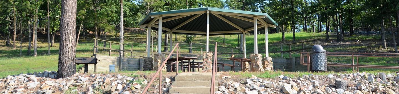 De Queen Lake Bellah Mine Park Pavilion SO1Pavilion SO1