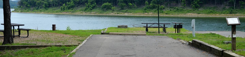 Gillham Lake, Big Coon Creek Campsite # 07Campsite #07