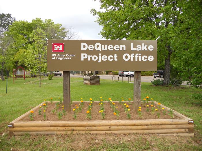 Preview photo of Dequeen Lake