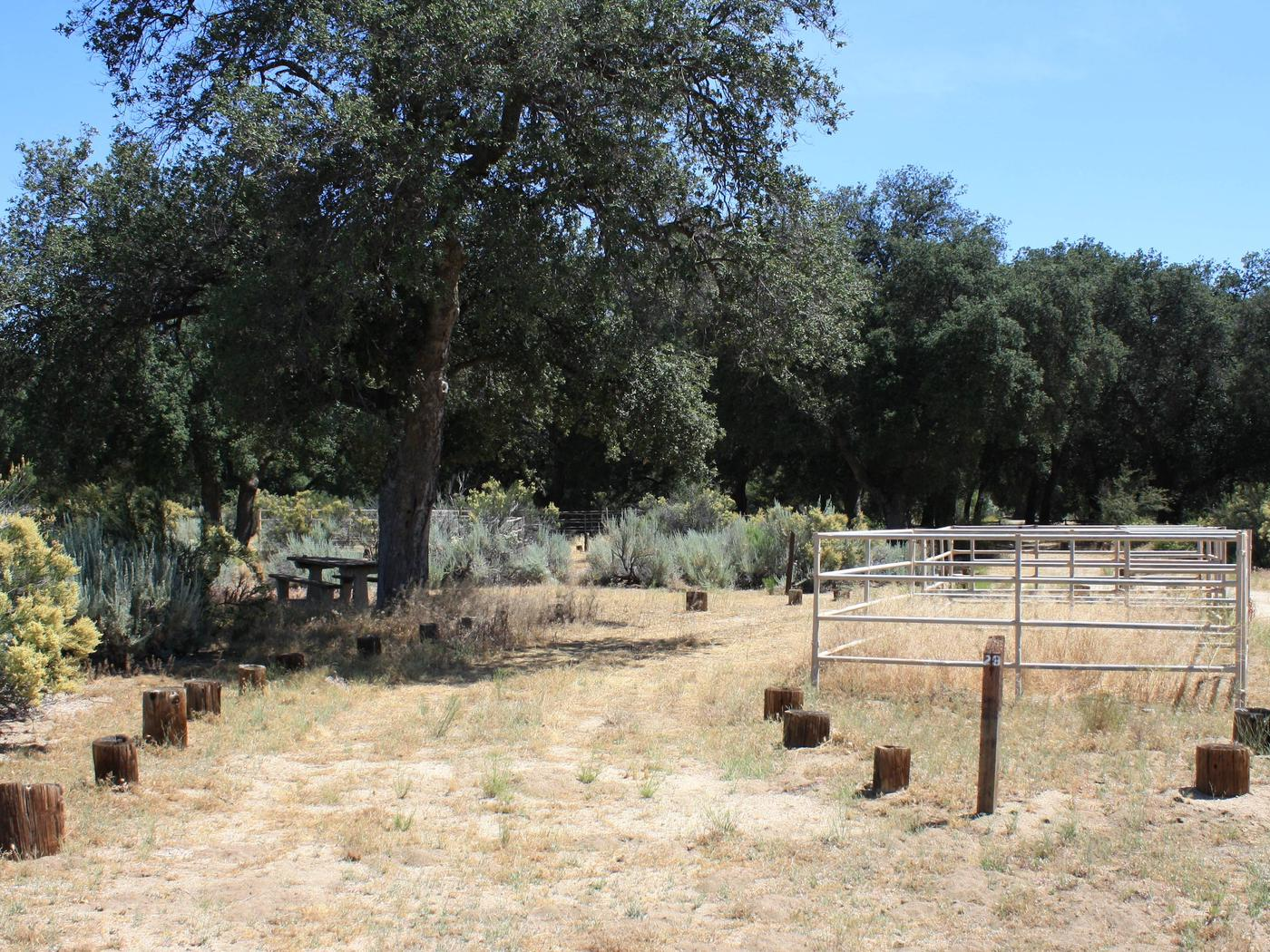 Boulder Oaks CampgroundOne loop of the campground is designed to accommodate equestrian users with corrals and trailer parking.