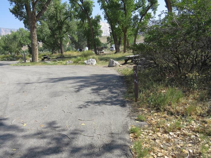 Site 51Pull-through parking area