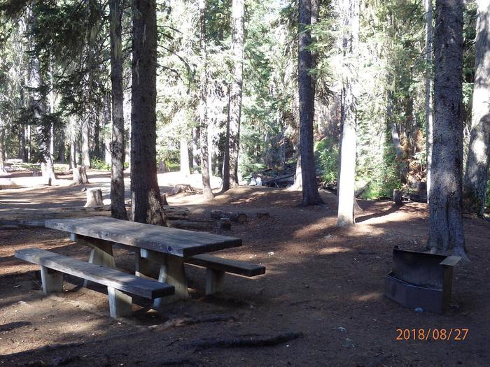 Lodge Pole CampgroundCampsite 28