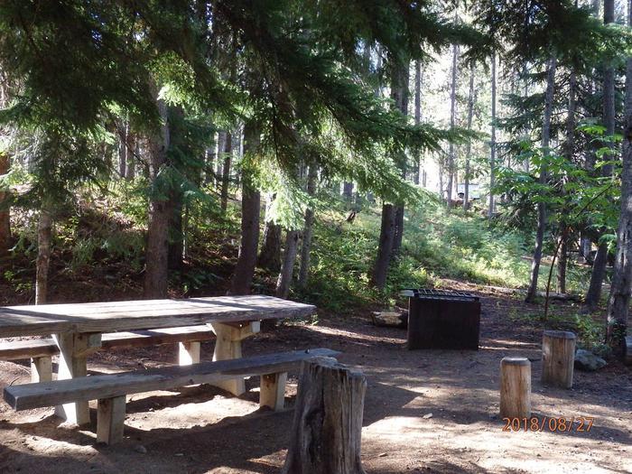 Lodge Pole CampgroundCampsite 27