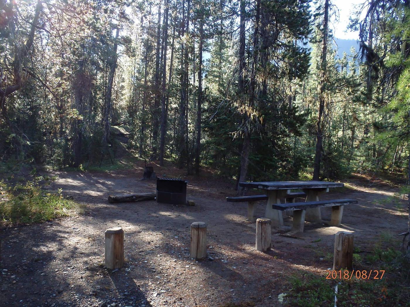 Lodge Pole CampgroundCampsite 1