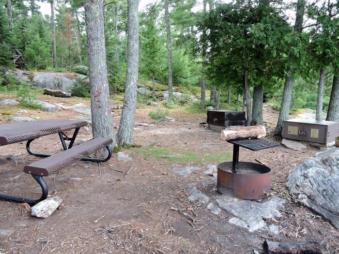 K53 - Sphunge Island WestView of campsite