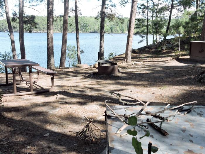 N3 - Leach BayN3 - Leach Bay campsite on Namakan Lake