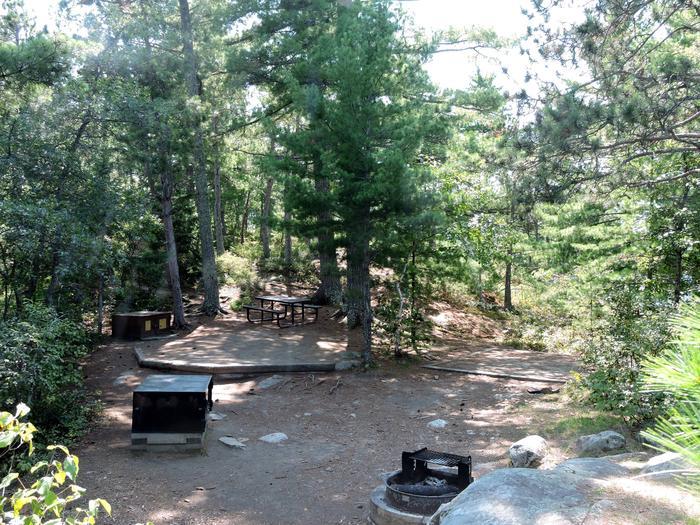 N7 - Depthfinder IslandView of campsite