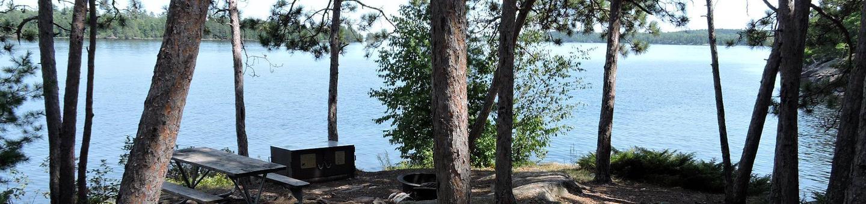 N10 - Fox IslandN10 - Fox Island campsite on Namakan Lake