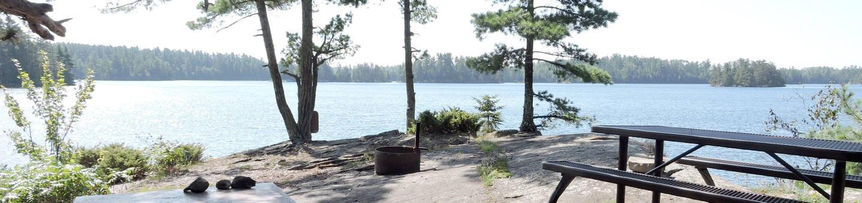 N16 - Kettle PortageN16 - Kettle Portage campsite on Namakan Lake