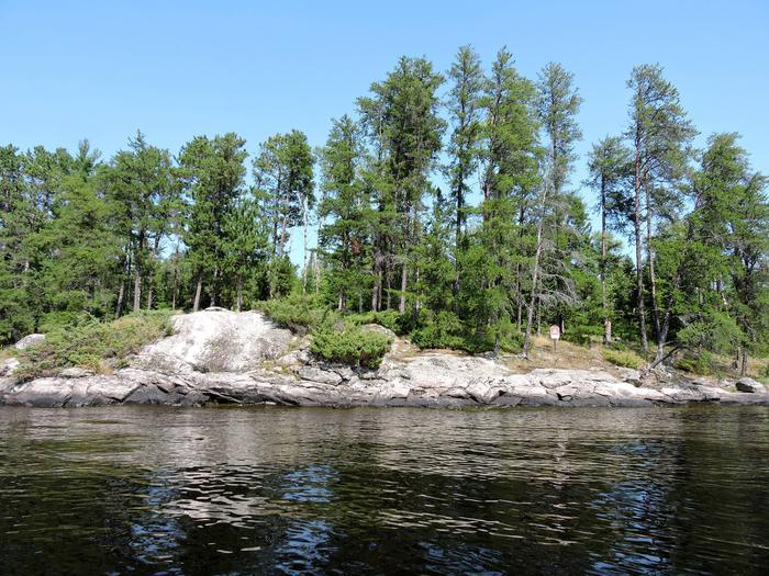 N18 - McManus Island WestN18 - McManus Island West campsite on Namakan Lake