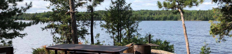 N20 - Mica IslandN20 - Mica Island campsite on Namakan Lake
