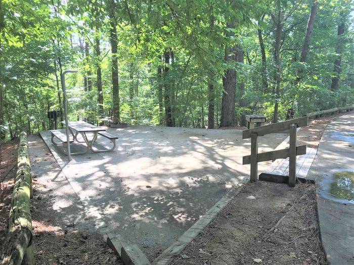 Deerlick Creek Campsite 20 Picnic Area