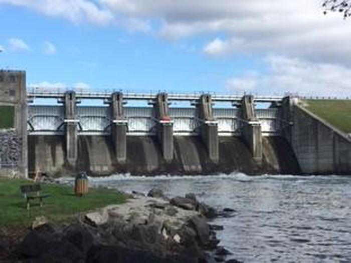 Delaware DamDelaware Dam river access