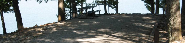 Bailey's Point Site D08