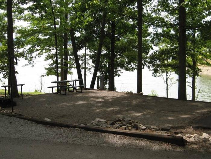 Bailey's Point Site E25