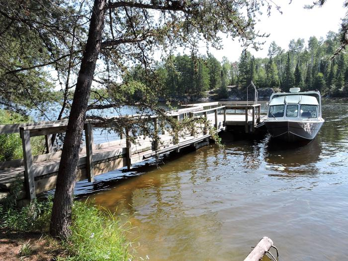 N41 - Voyageurs NarrowsView looking out from boat access