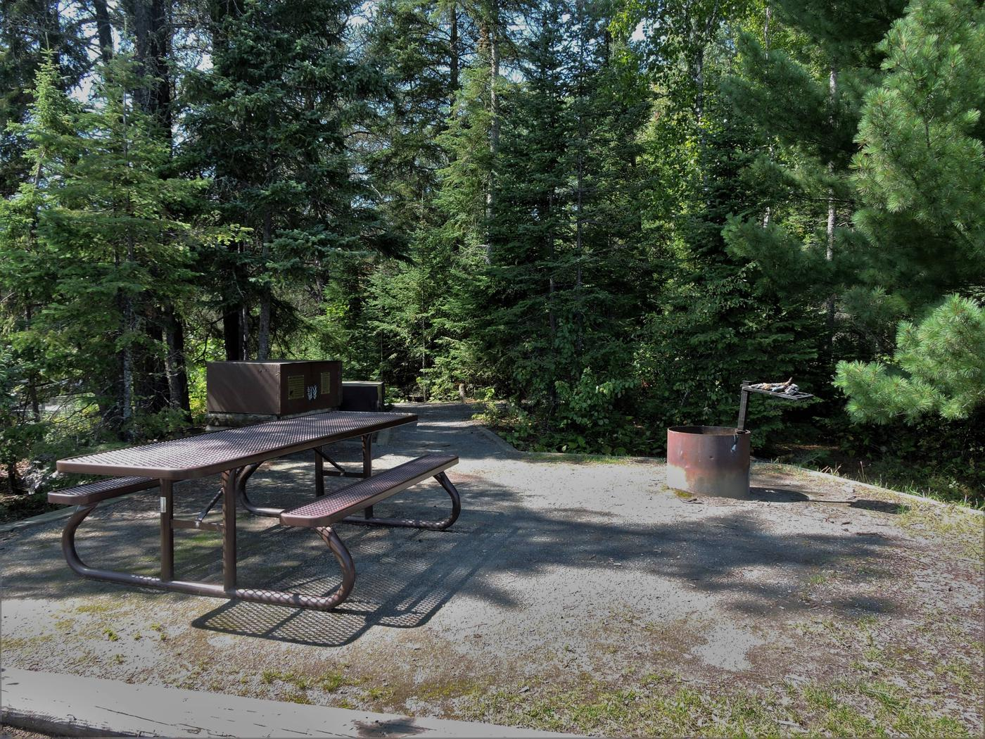 N41 - Voyageurs NarrowsView of campsite