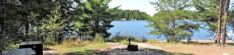 N45 - Windbreak PointN45 - Windbreak Point campsite on Namakan Lake