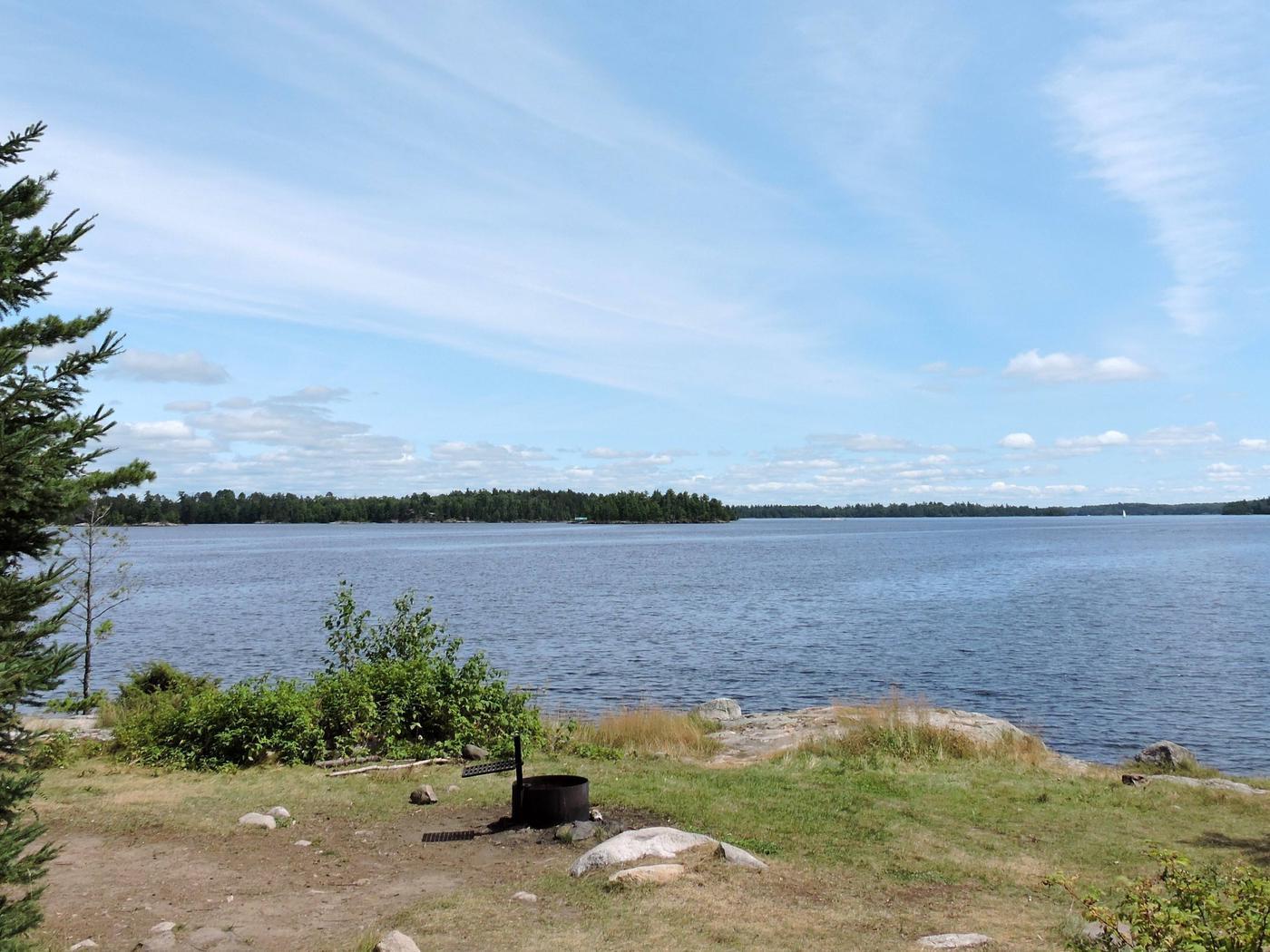 N55 - Namakan Island NortheastN55 - Namakan Island Northeast campsite on Namakan Lake