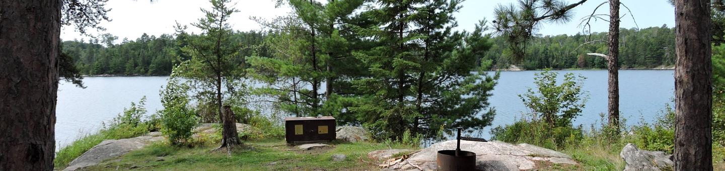 S19 - Wolf IslandS19 - Wolf Island campsite on Sandpoint Lake