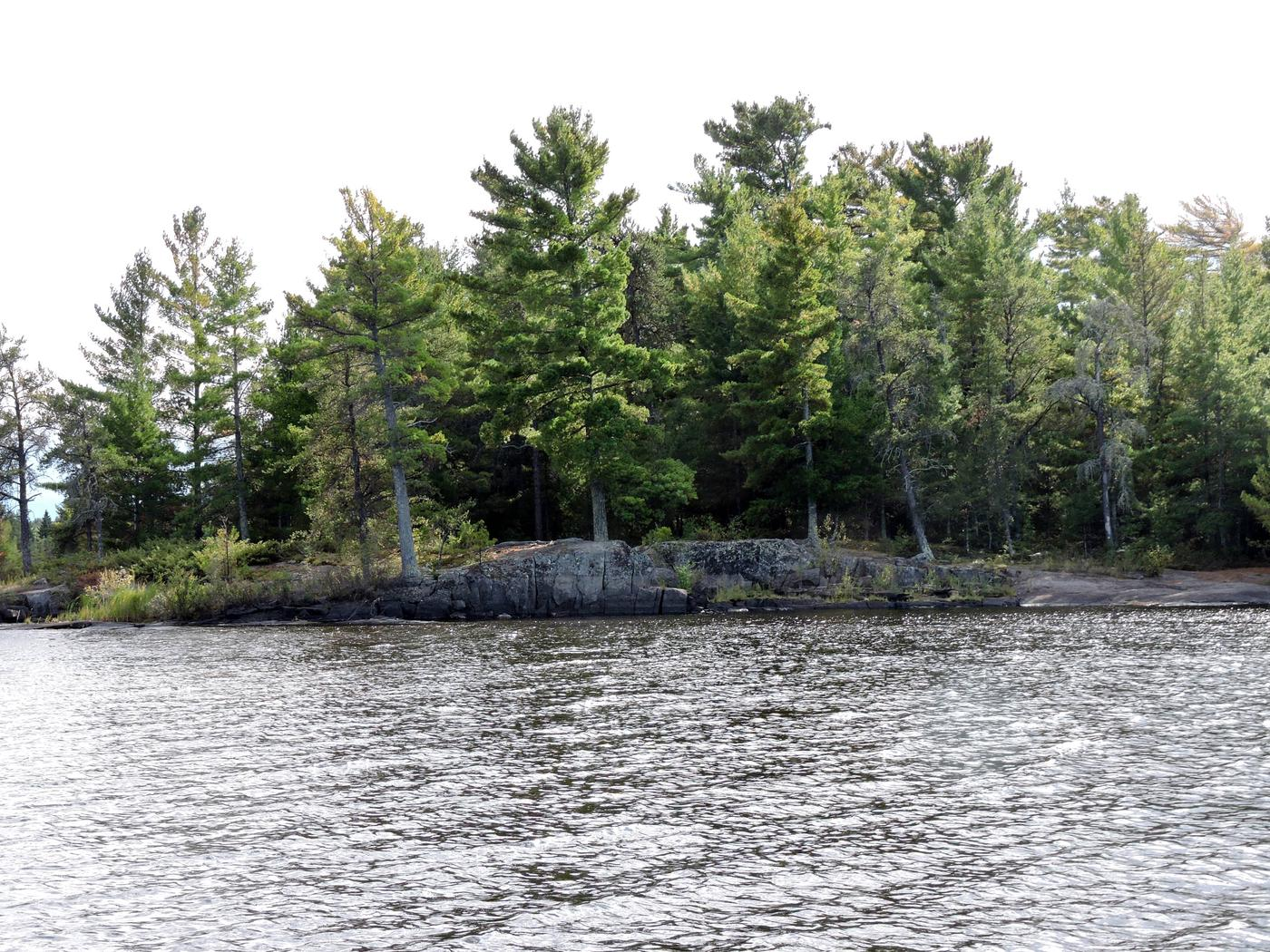 R1 - Alder CreekR1 - Alder Creek campsite on Rainy Lake