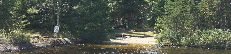 R18 - Little Finlander IslandR18 - Little Finlander Island campsite on Rainy Lake