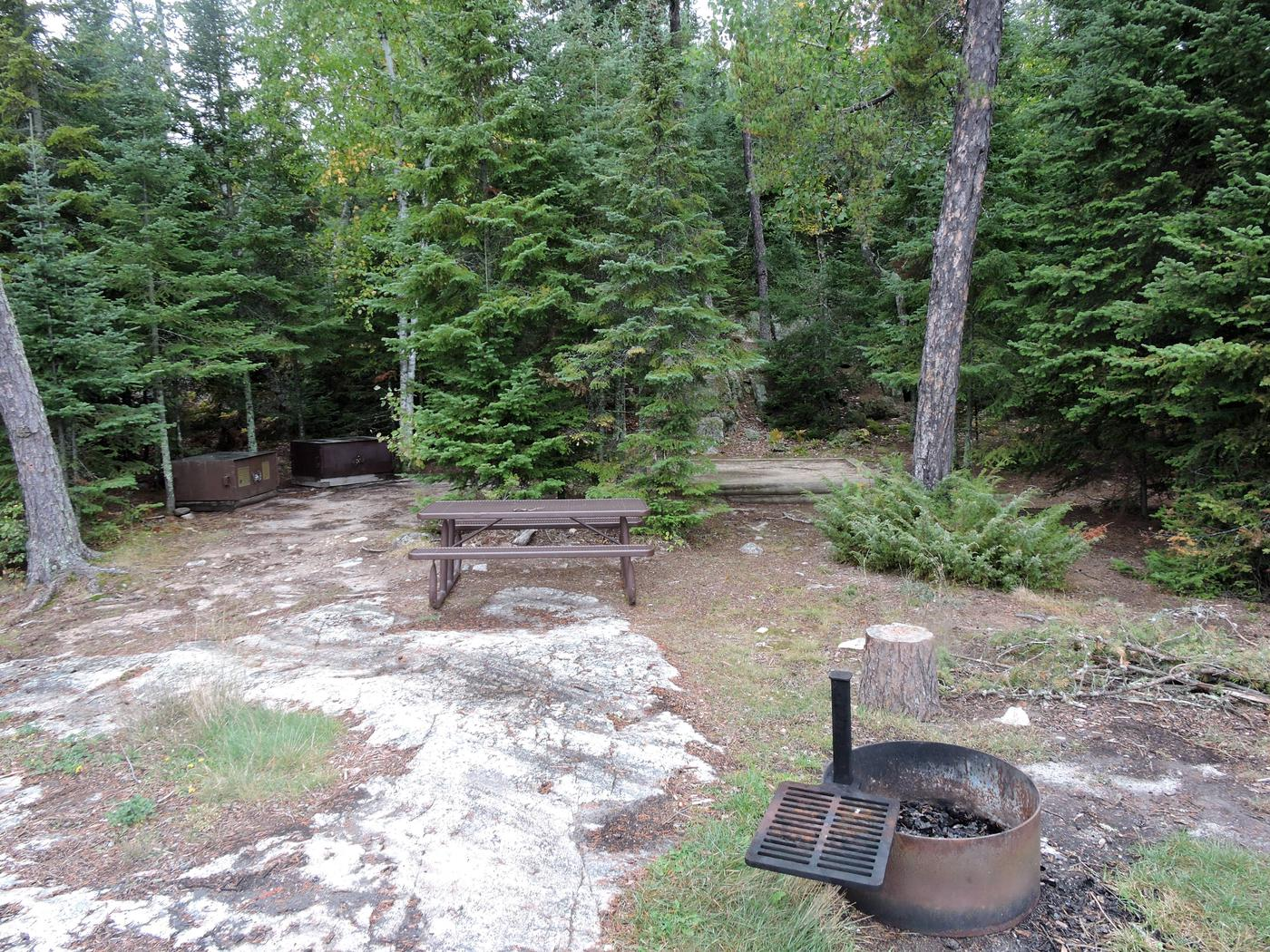R54 - Beaver LodgeView of campsite