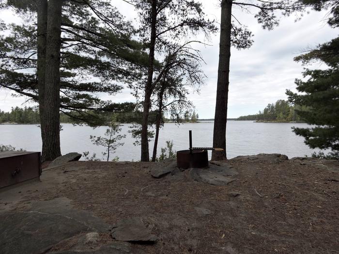 R59 - Finlander IslandR59 - Finlander Island campsite on Rainy Lake