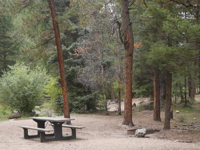 Preview photo of Fawn Lakes Campground